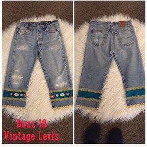 Vintage Buzz 18 Embellished Crop Levi's